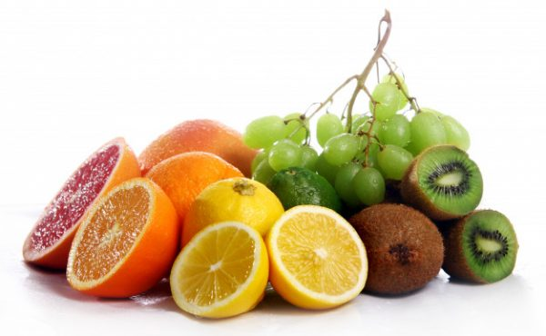 7 Best Fruits For Glowing Skin